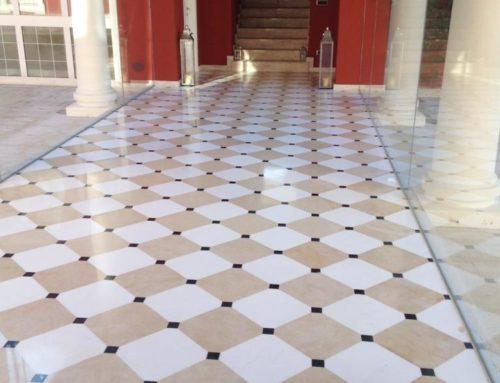 Pavimento realizzato ad Alessandria – Magnifico pavimento in Bianco Sivec , Thala e Nero Belgio